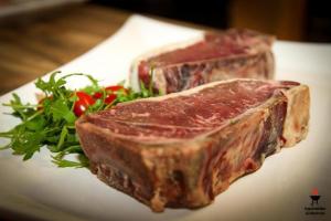 7 Wochen Edelschimmel gereiftes Simmentaler Beef - Luma Beef